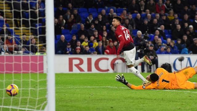 Những khoảnh khắc trong trận ra mắt Man Utd tuyệt vời của Solskjaer  - Ảnh 18.