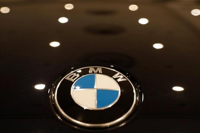 BMW đối mặt điều tra hình sự vì cáo buộc che giấu sự cố xe tự bốc cháy - Ảnh 1.