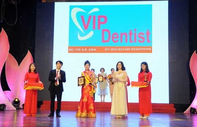 Cùng sao Việt 'Rạng rỡ nụ cười xinh - Rinh iPhone XS Max' - Ảnh 1.