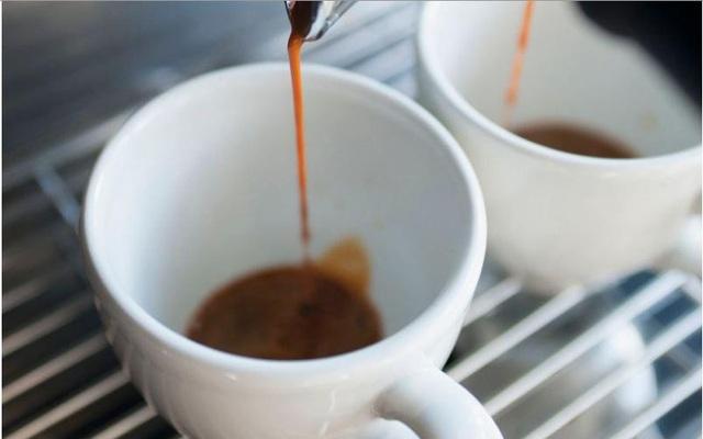 Những người loạn thần thường thích uống cà phê đen - Ảnh 1.