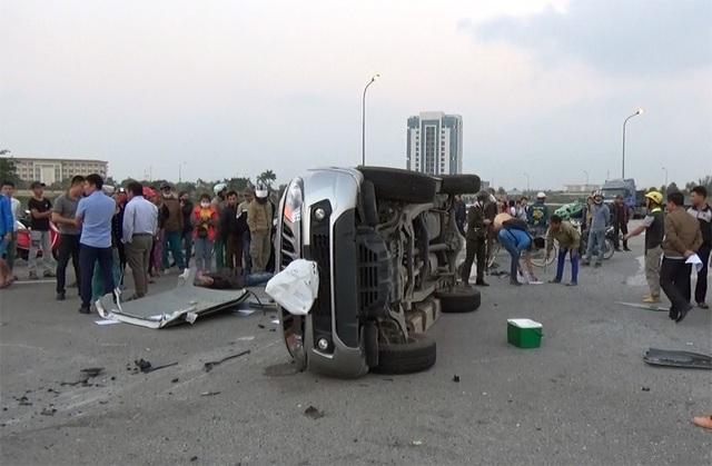 Phó ban ATGT tỉnh Hà Tĩnh Hoàng Minh Việt bức xúc: Cứ theo thủ tục như này thì còn lâu mới làm, tai nạn còn xảy ra, người còn chết!