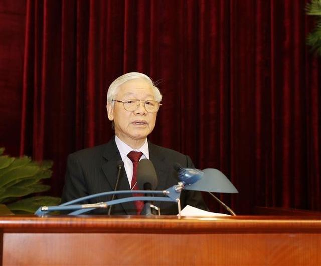 Bộ Chính trị giới thiệu hơn 200 nhân sự để Trung ương cho ý kiến - Ảnh 1.