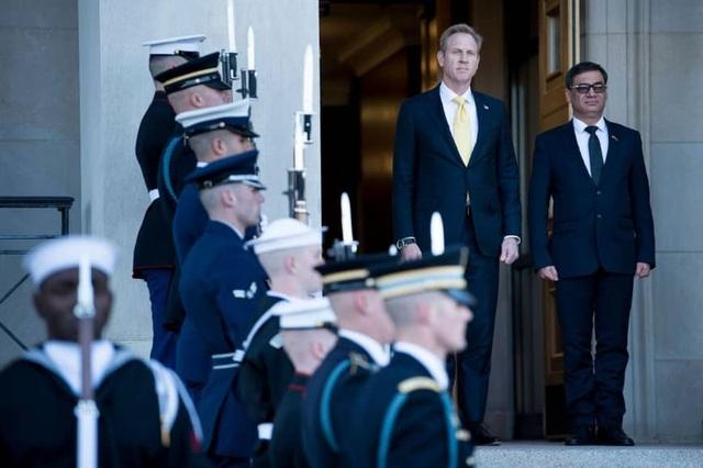 """Con đường """"chông gai"""" tới Lầu Năm Góc của quyền bộ trưởng quốc phòng Mỹ - Ảnh 3."""