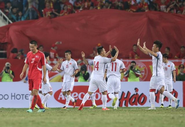 HLV Park Hang Seo loại 4 cầu thủ, chốt danh sách dự Asian Cup 2019 - Ảnh 1.