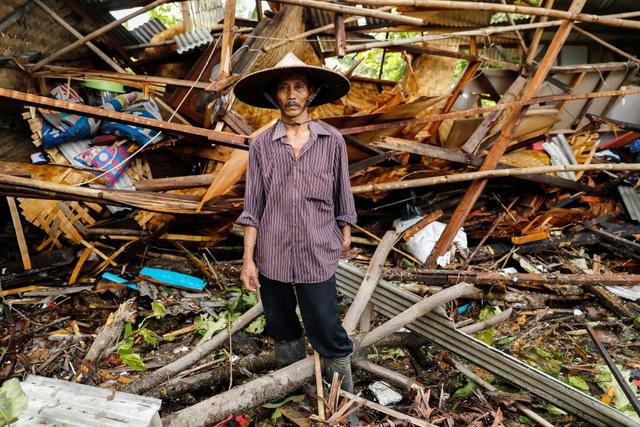 """Nhân chứng ám ảnh khoảnh khắc bị sóng thần """"nuốt chửng"""" tại Indonesia - Ảnh 4."""
