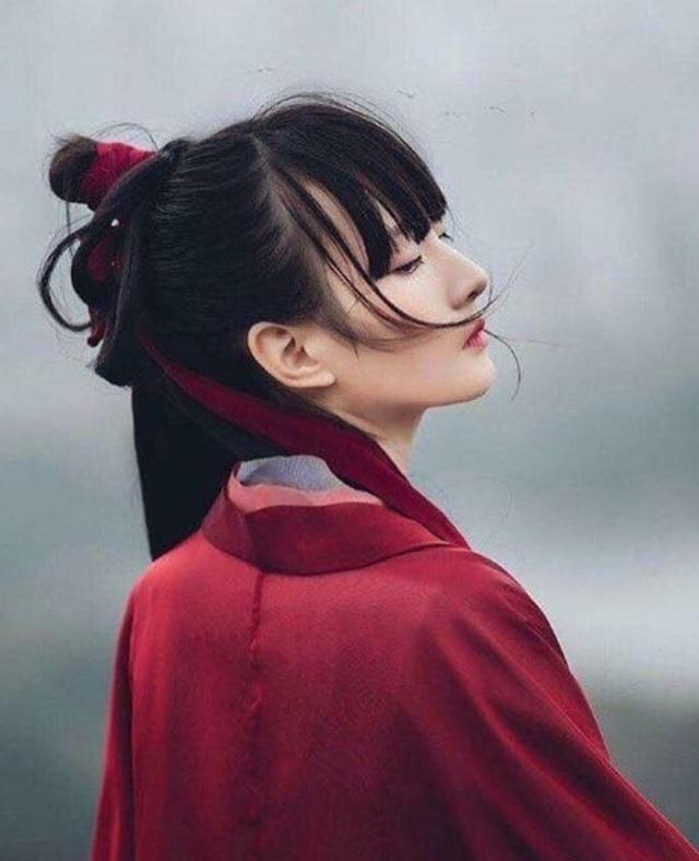 Những thiếu nữ châu Á khiến người ta sững sờ khi nhìn nghiêng - Ảnh 16.