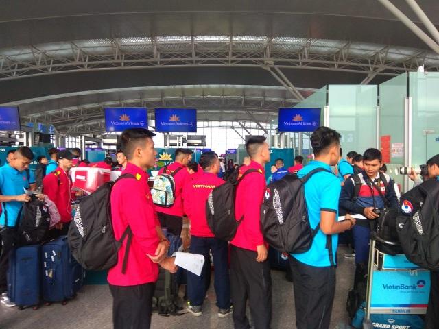Đội tuyển Việt Nam lên đường sang Qatar, chuẩn bị cho Asian Cup 2019 - Ảnh 5.