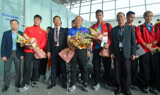 Đội tuyển Việt Nam lên đường sang Qatar, chuẩn bị cho Asian Cup 2019 - Ảnh 4.