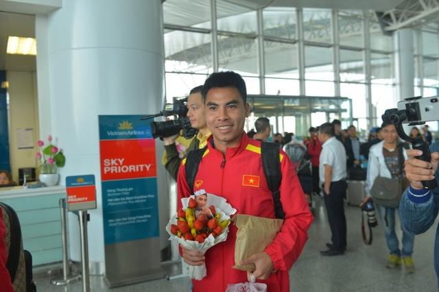 Đội tuyển Việt Nam lên đường sang Qatar, chuẩn bị cho Asian Cup 2019 - Ảnh 3.