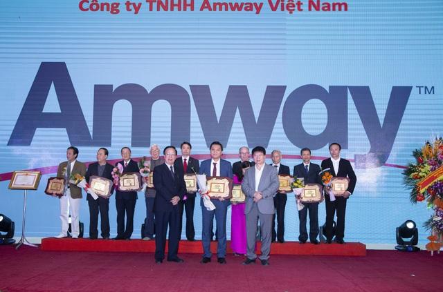 Amway Việt Nam được vinh danh vì những đóng góp cho cộng đồng - Ảnh 1.