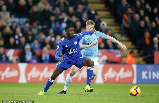 Những khoảnh khắc sụp đổ của Man City trên sân Leicester - Ảnh 12.