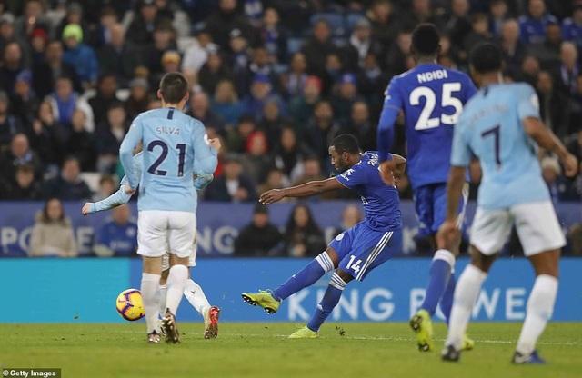 Những khoảnh khắc sụp đổ của Man City trên sân Leicester - Ảnh 15.