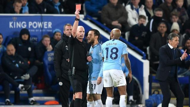 Những khoảnh khắc sụp đổ của Man City trên sân Leicester - Ảnh 19.