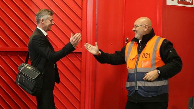 Nhìn lại chiến thắng ấn tượng của Man Utd trước Huddersfield - Ảnh 3.