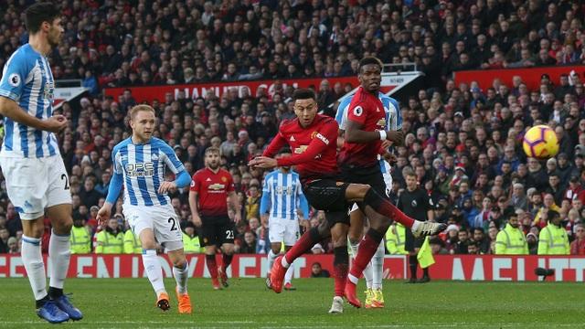 Nhìn lại chiến thắng ấn tượng của Man Utd trước Huddersfield - Ảnh 6.
