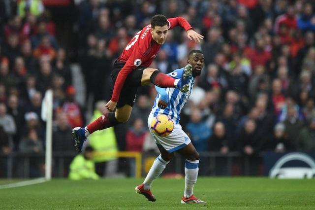 Nhìn lại chiến thắng ấn tượng của Man Utd trước Huddersfield - Ảnh 9.