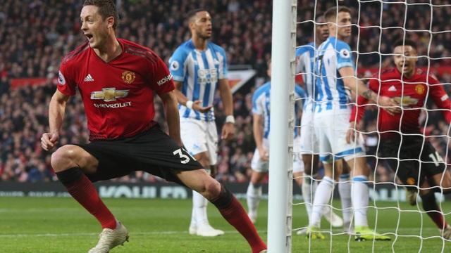Nhìn lại chiến thắng ấn tượng của Man Utd trước Huddersfield - Ảnh 10.