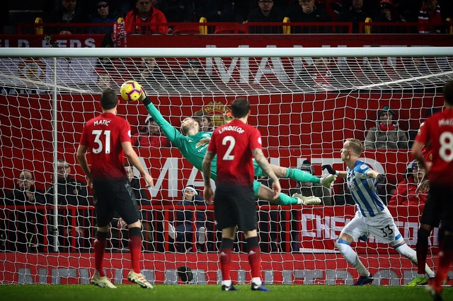 Nhìn lại chiến thắng ấn tượng của Man Utd trước Huddersfield - Ảnh 13.