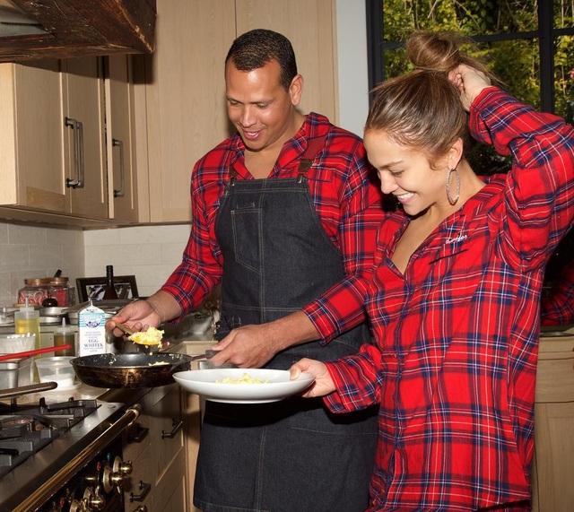 Giáng sinh ngọt ngào của Jennifer Lopez - Ảnh 6.