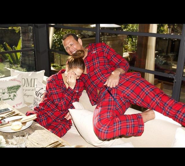 Giáng sinh ngọt ngào của Jennifer Lopez - Ảnh 11.