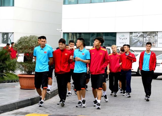 Đội tuyển Việt Nam thư giãn sau hành trình dài tới Qatar - Ảnh 1.