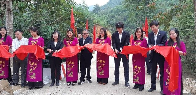 Náo nức niềm vui ngày khánh thành công trình cầu Dân trí thứ 15 tại Hà Giang - Ảnh 8.