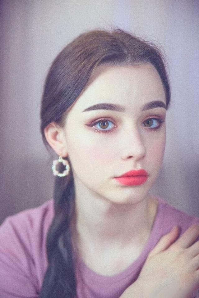 3 cô gái Đông Âu đẹp như tiên giáng thế khiến thanh niên châu Á mê mệt - Ảnh 17.