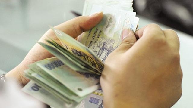 Thưởng Tết ở Hà Nội mức thấp nhất là 300.000 đồng - Ảnh 1.