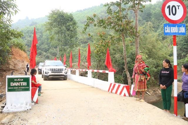 Náo nức niềm vui ngày khánh thành công trình cầu Dân trí thứ 15 tại Hà Giang - Ảnh 13.