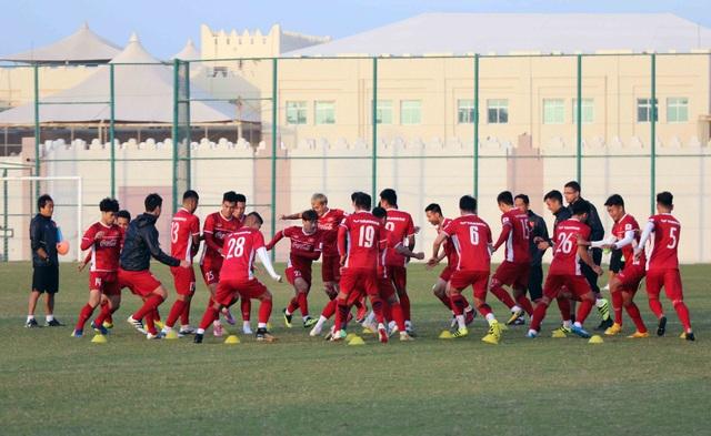 Đội tuyển Việt Nam rèn miếng đánh trong buổi tập đầu tiên ở Qatar - Ảnh 20.