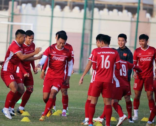 Đội tuyển Việt Nam rèn miếng đánh trong buổi tập đầu tiên ở Qatar - Ảnh 17.