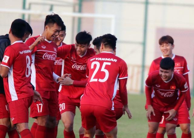 Đội tuyển Việt Nam rèn miếng đánh trong buổi tập đầu tiên ở Qatar - Ảnh 14.