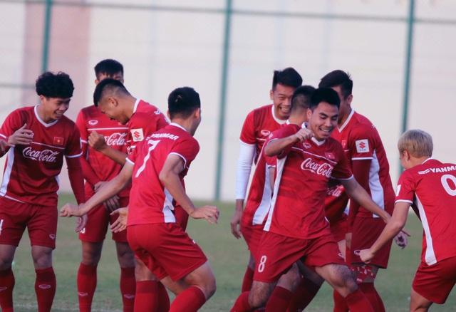 Đội tuyển Việt Nam rèn miếng đánh trong buổi tập đầu tiên ở Qatar - Ảnh 13.
