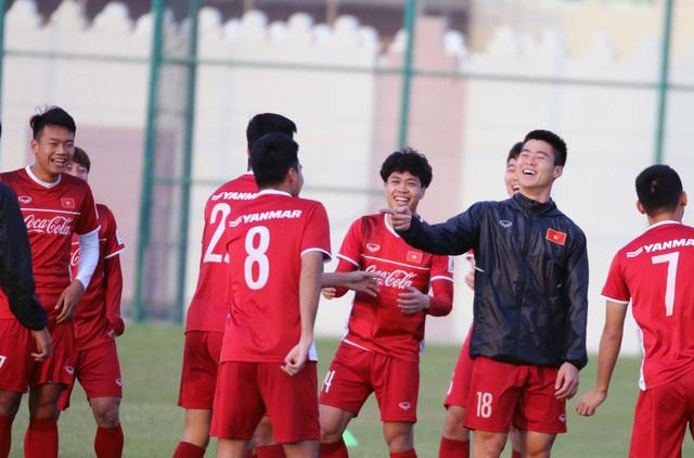 Đội tuyển Việt Nam rèn miếng đánh trong buổi tập đầu tiên ở Qatar - Ảnh 12.