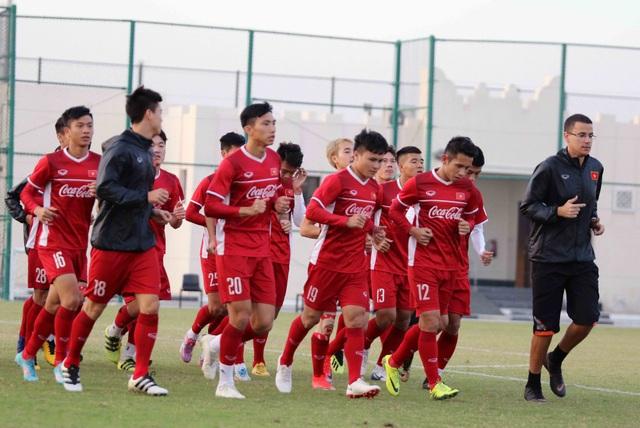 Đội tuyển Việt Nam rèn miếng đánh trong buổi tập đầu tiên ở Qatar - Ảnh 10.