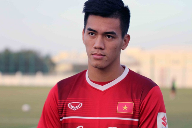 Tiền đạo Tiến Linh nói gì về cơ hội đá chính ở Asian Cup 2019? - Ảnh 1.