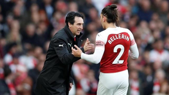 HLV Emery gọi Bellerin nhắc nhở, Arsenal đẫ có những khoảng thời gian khá khó khăn