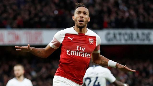 Aubameyang đang dần trở thành biểu tượng mới của Arsenal