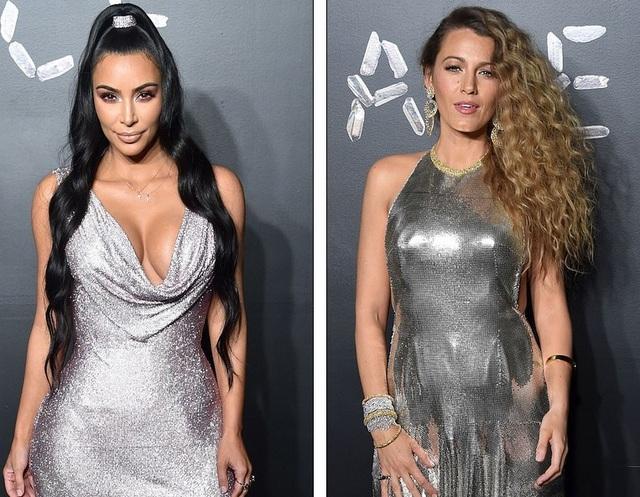 Kim Kardashian và Blake Lively cùng diện váy ánh bạc đi xem show thời trang tại New York ngày 2/12