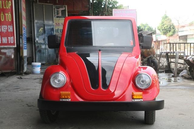 Chiếc xe có thể chở được 2 người, chạy với vận tốc tối đa 40 km/h