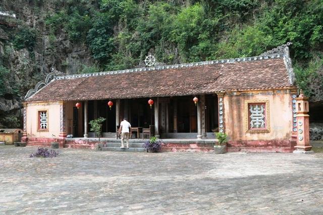 Nhà cổ Ninh Sơn hơn 300 năm ở Ninh Bình.