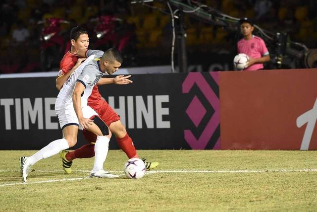 Mất tới năm cầu thủ ở hệ thống phòng thủ, Philippines đang điêu đứng