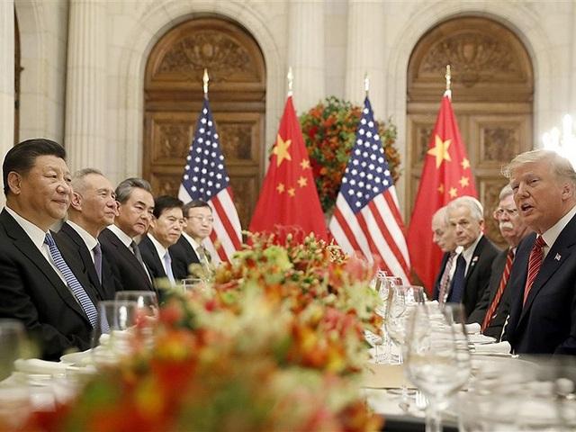 Phái đoàn của ông Trump (phải) và người đồng cấp Trung Quốc cùng ăn tối tại thủ đô Buenos Aires, Argentina. Ảnh: AP