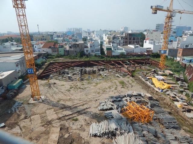 Đến thời điểm này, dự án Sunshine Avenue vẫn chưa thực hiện xong phần móng (Ảnh: Thái Minh)