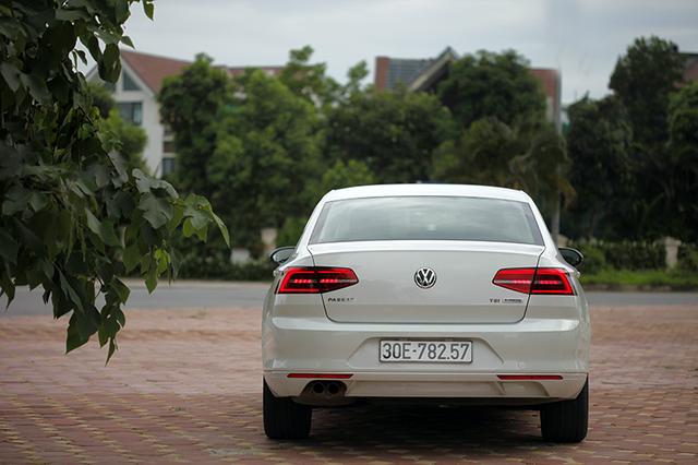 Volkswagen Passat - Sự bất ngờ của người Đức - 2