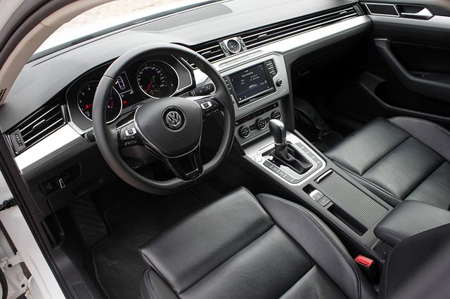 Volkswagen Passat - Sự bất ngờ của người Đức - 3