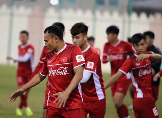 Đội tuyển Việt Nam tăng khối lượng tập luyện tại Qatar - Ảnh 22.