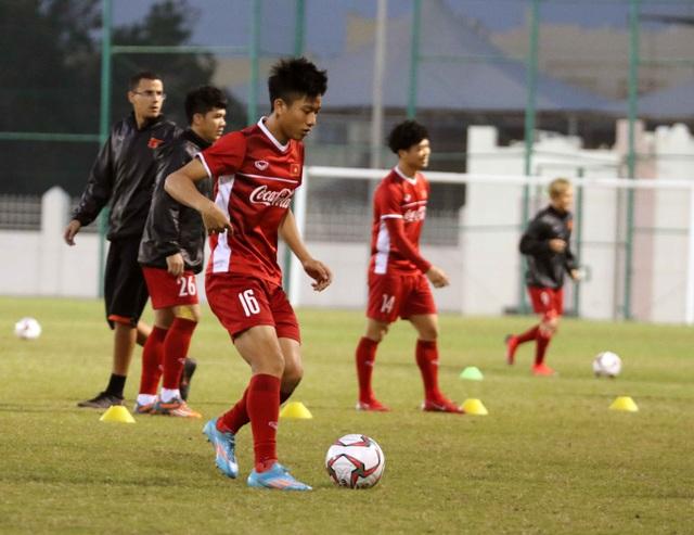 Đội tuyển Việt Nam tăng khối lượng tập luyện tại Qatar - Ảnh 19.