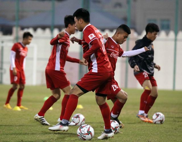 Đội tuyển Việt Nam tăng khối lượng tập luyện tại Qatar - Ảnh 18.