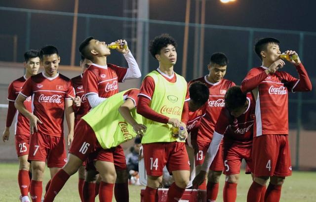 Đội tuyển Việt Nam tăng khối lượng tập luyện tại Qatar - Ảnh 5.